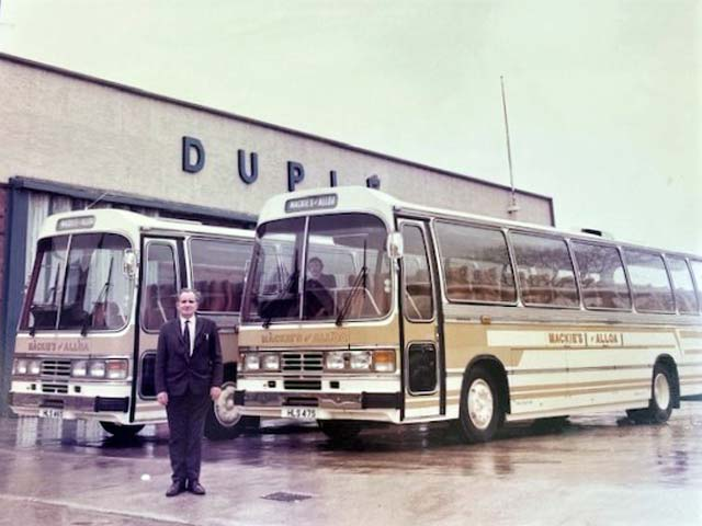 Old Mackie's coach 05